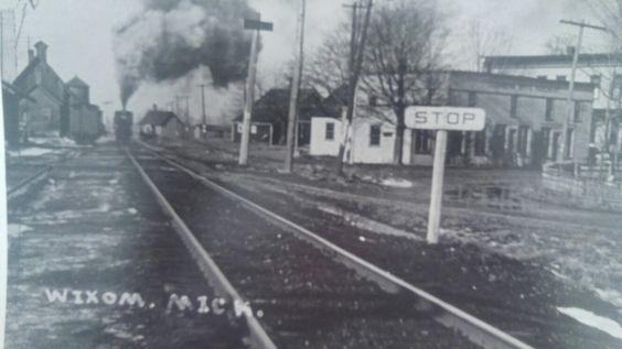 Train Wixom